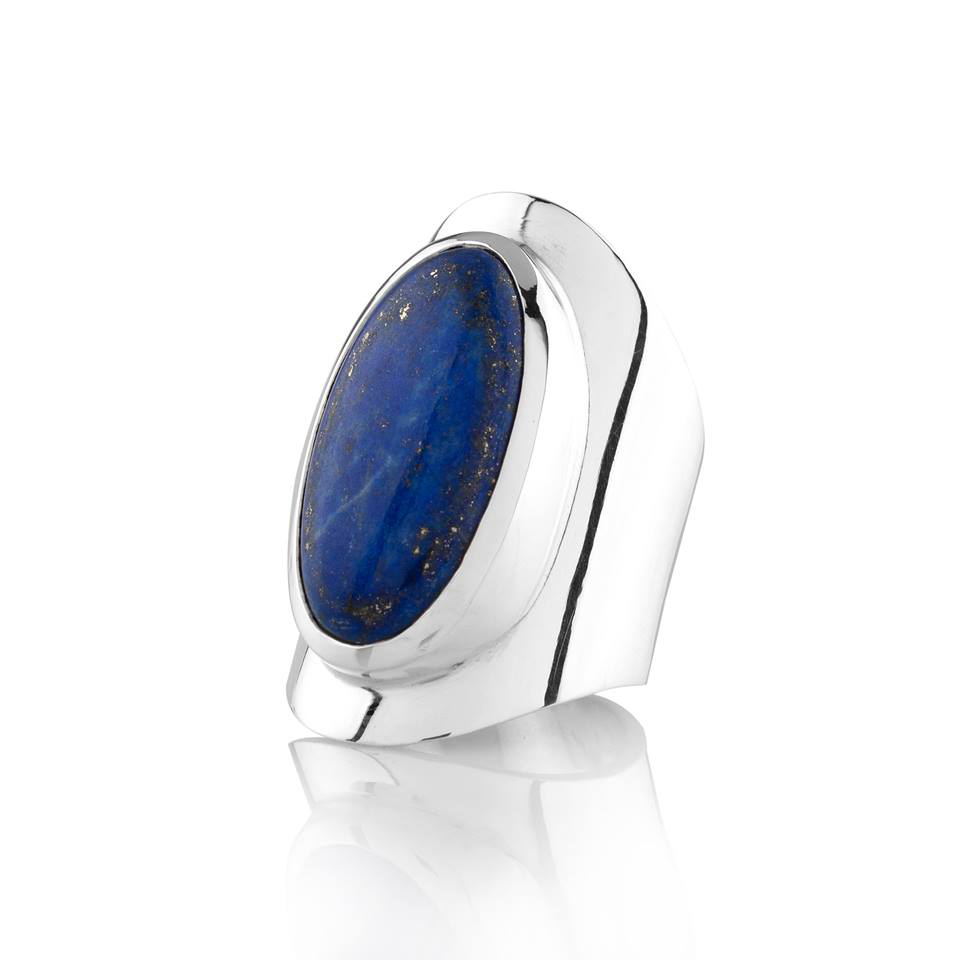 Oval Ring.Lapis